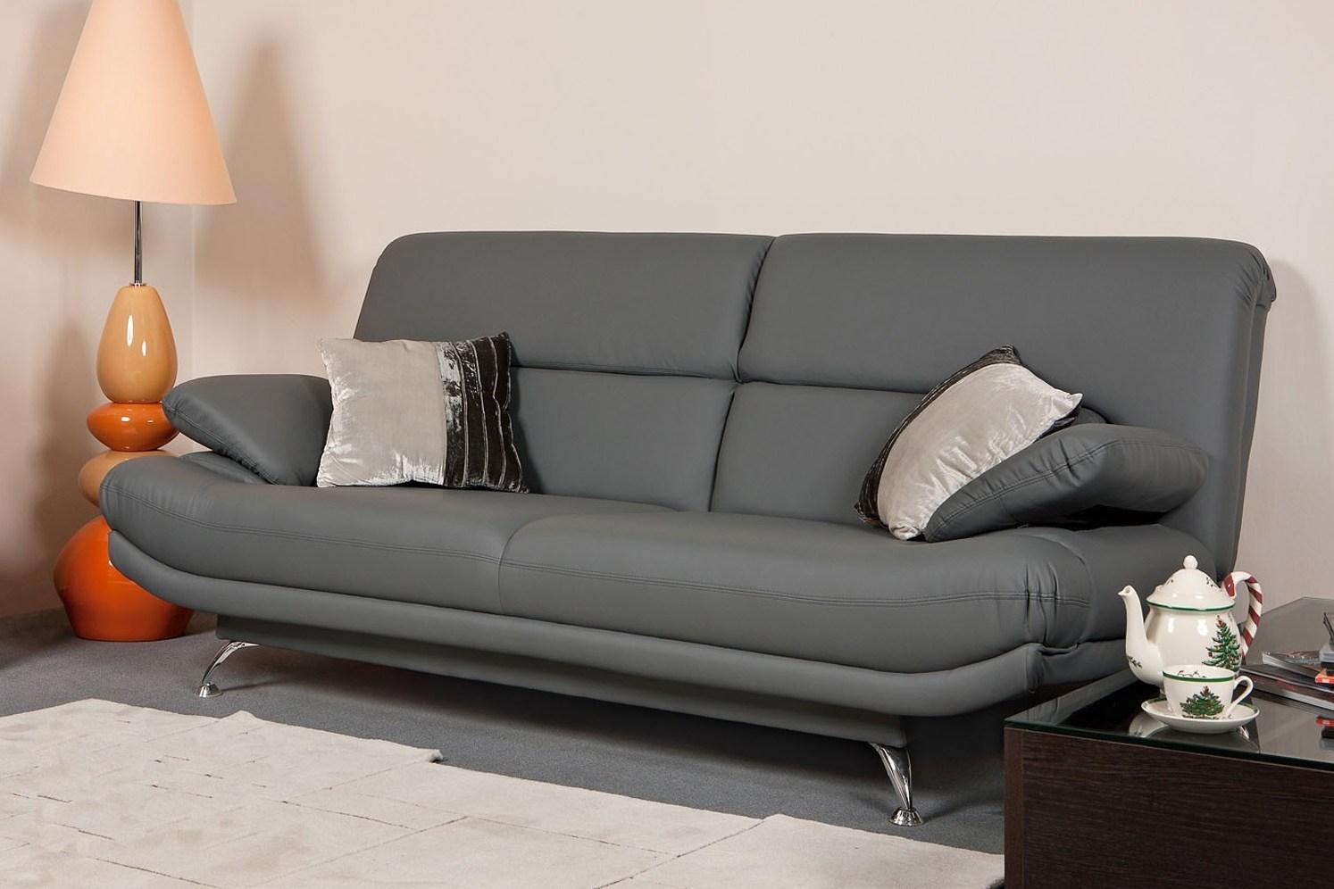 Кожаный диван без подлокотников