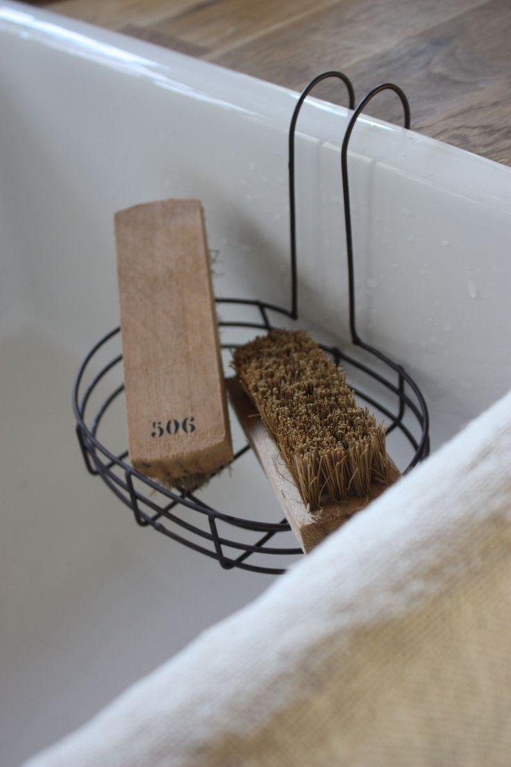 Мыльница для ванной на крючке