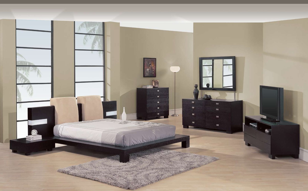 Спальня венге в интерьере квартиры