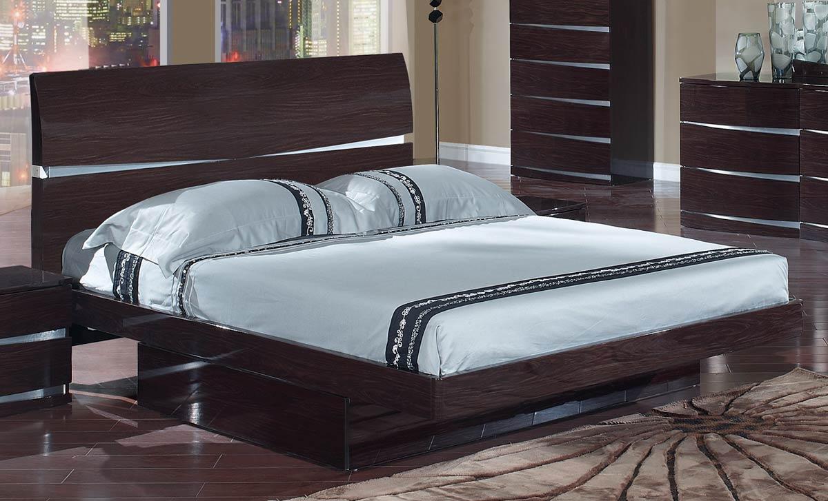 Спальня венге лакированная