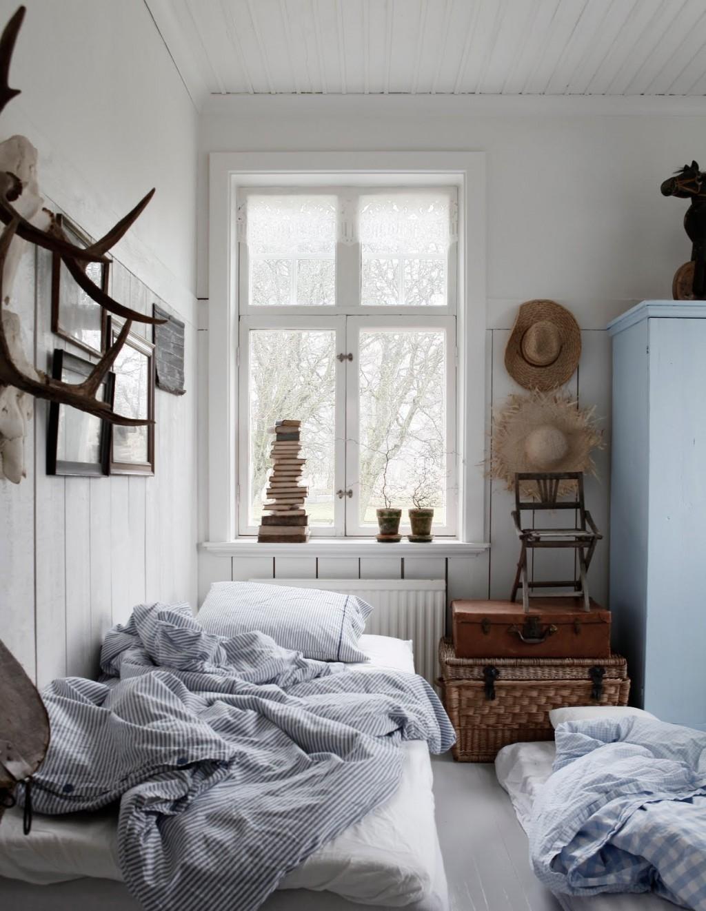Маленькая скандинавская спальня