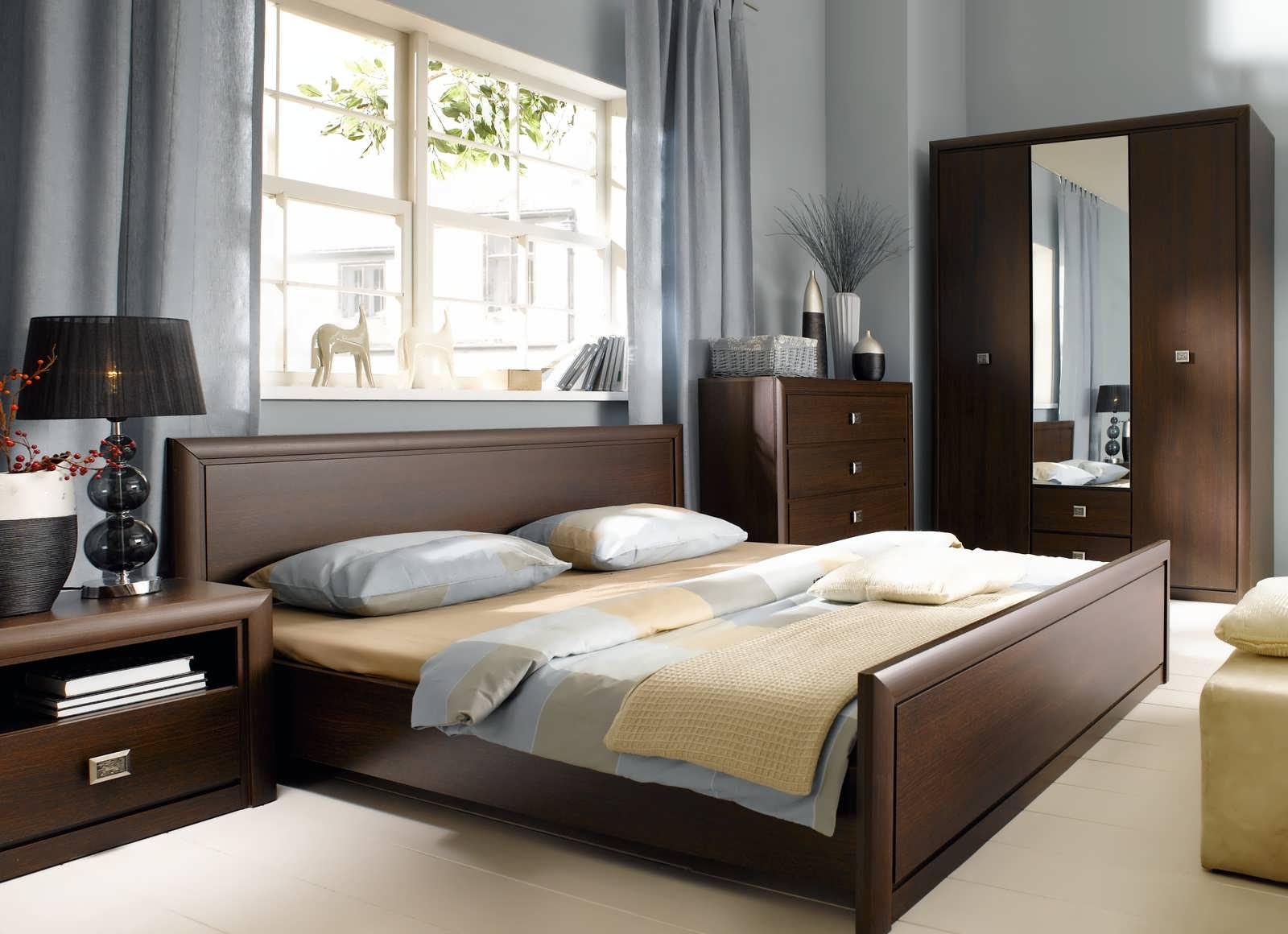 Спальня венге из массива