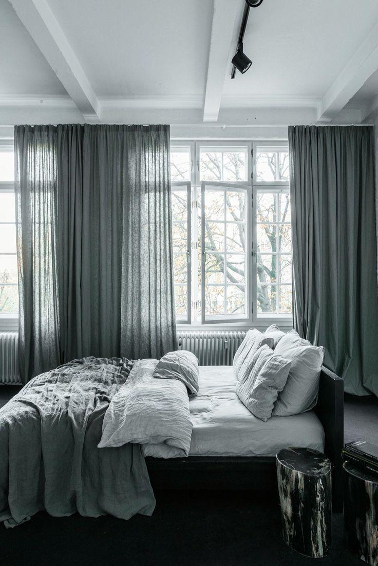 Реечная кровать из массива