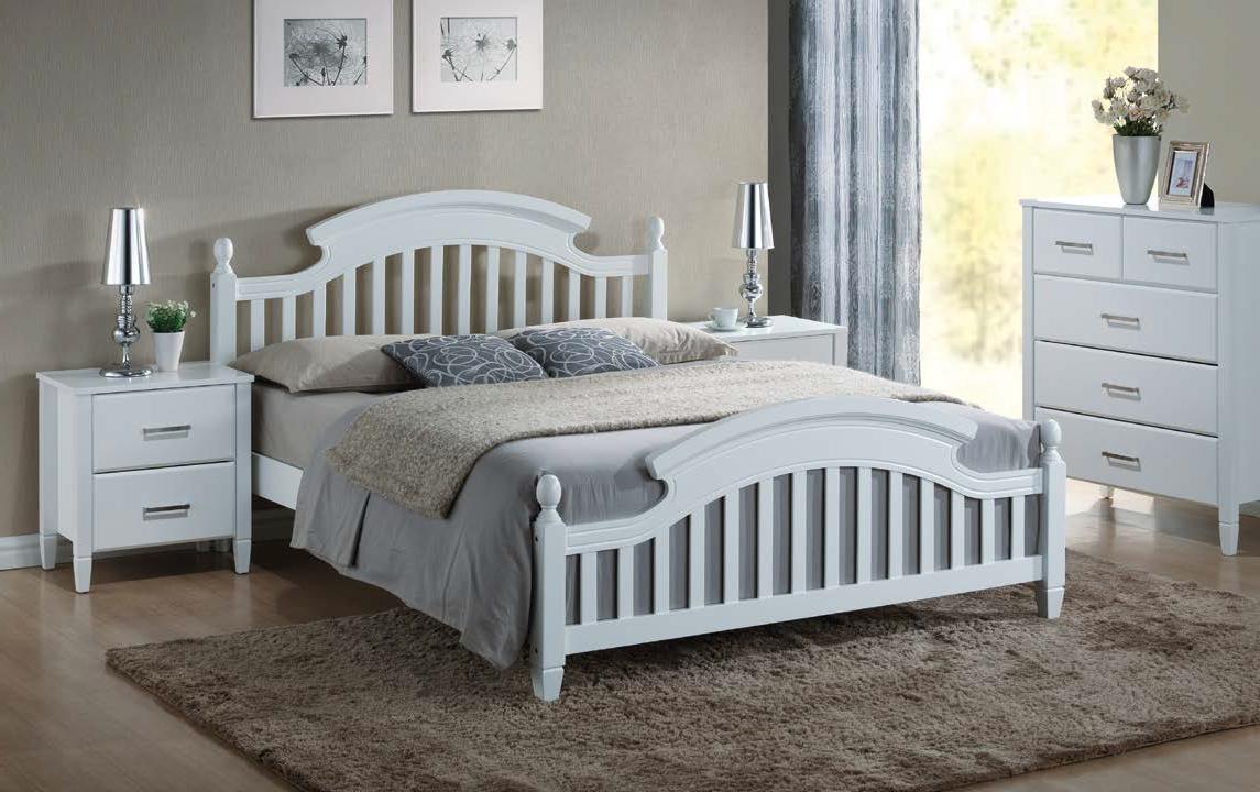 Белая кровать – роскошь и благородство в каждой детали (28 фото)