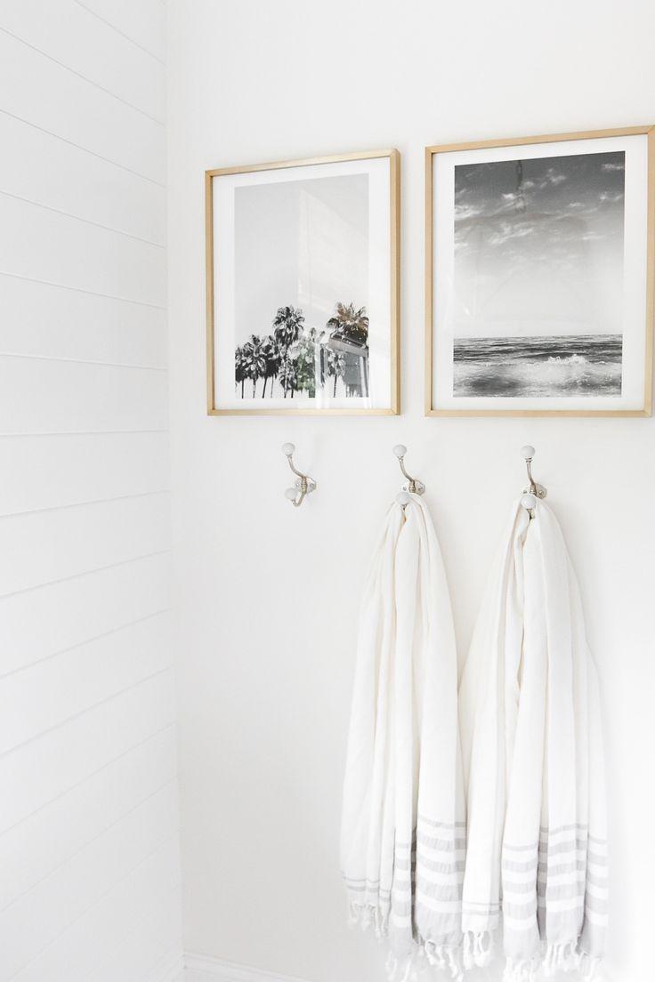 Металлические крючки для ванной
