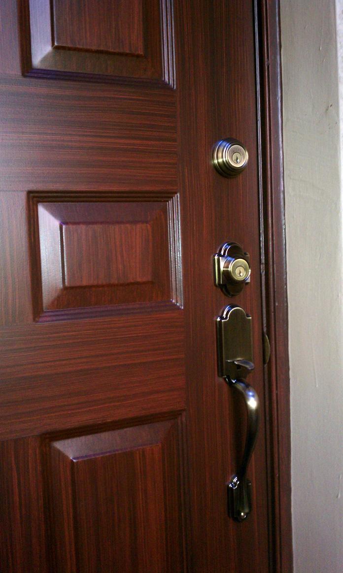 Металлическая дверь под вишню