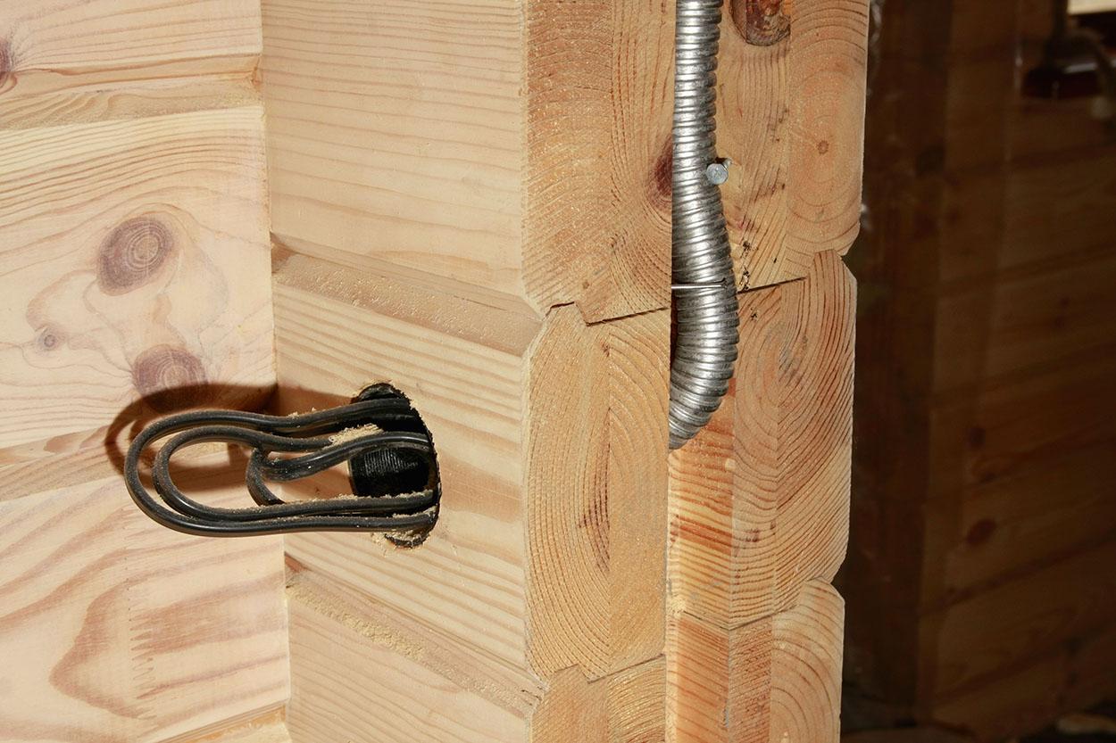 Разводка электропроводки в металлорукаве в частном доме