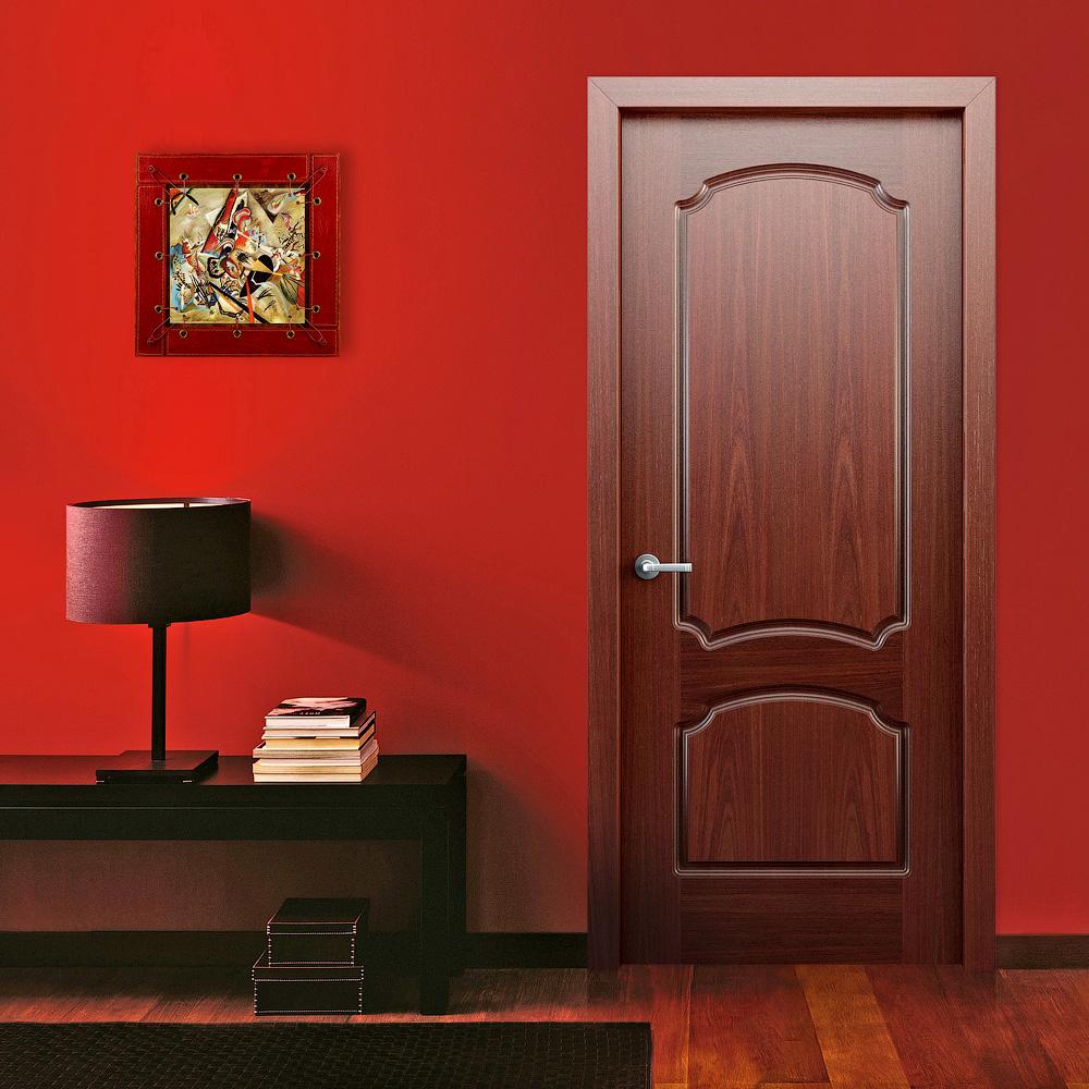 Дверь из вишни в стиле модерн