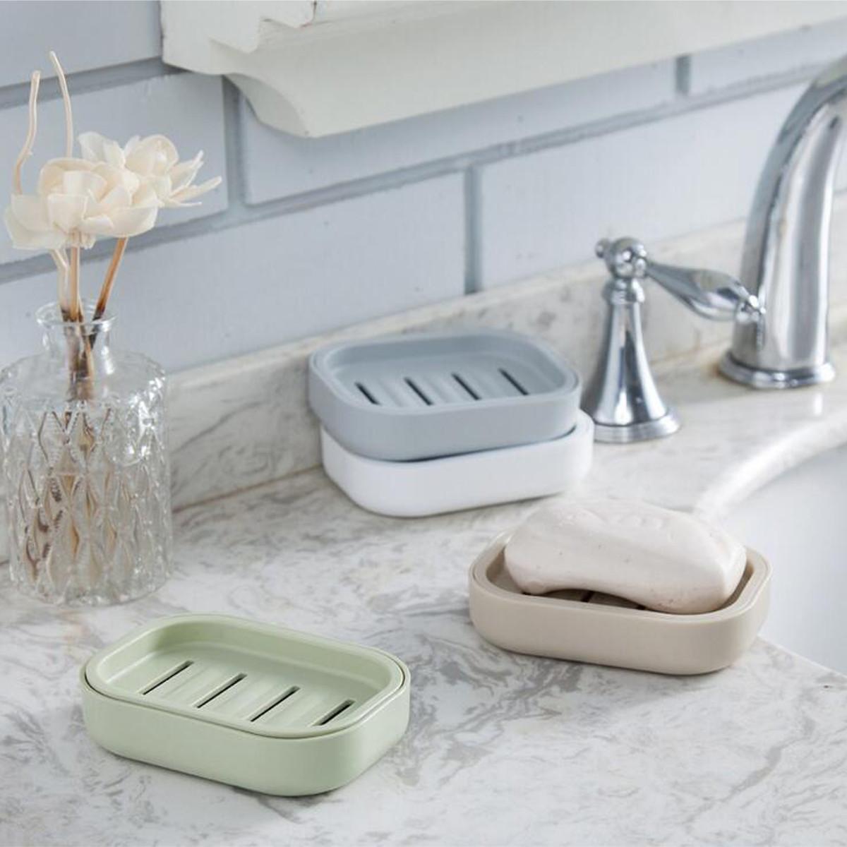 Пластиковая мыльница для ванной