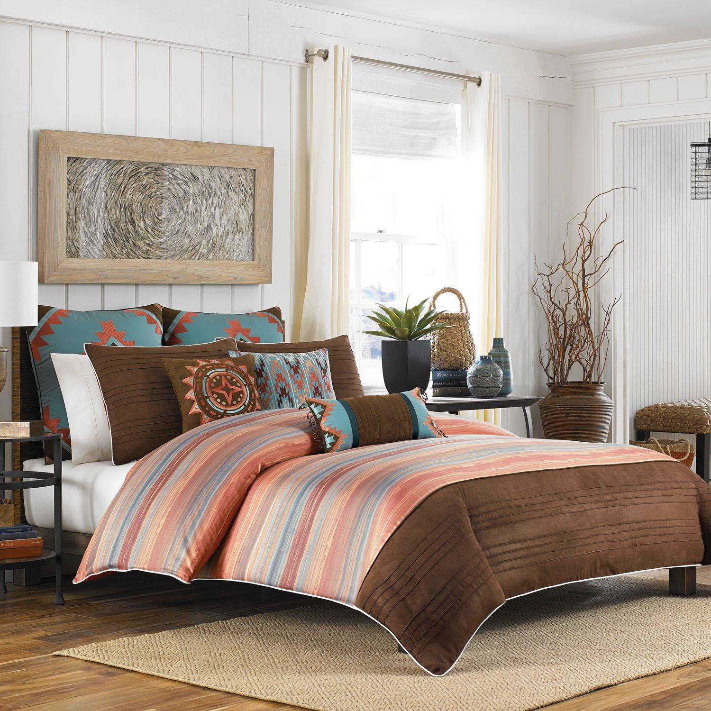 Полосатое покрывало на кровать