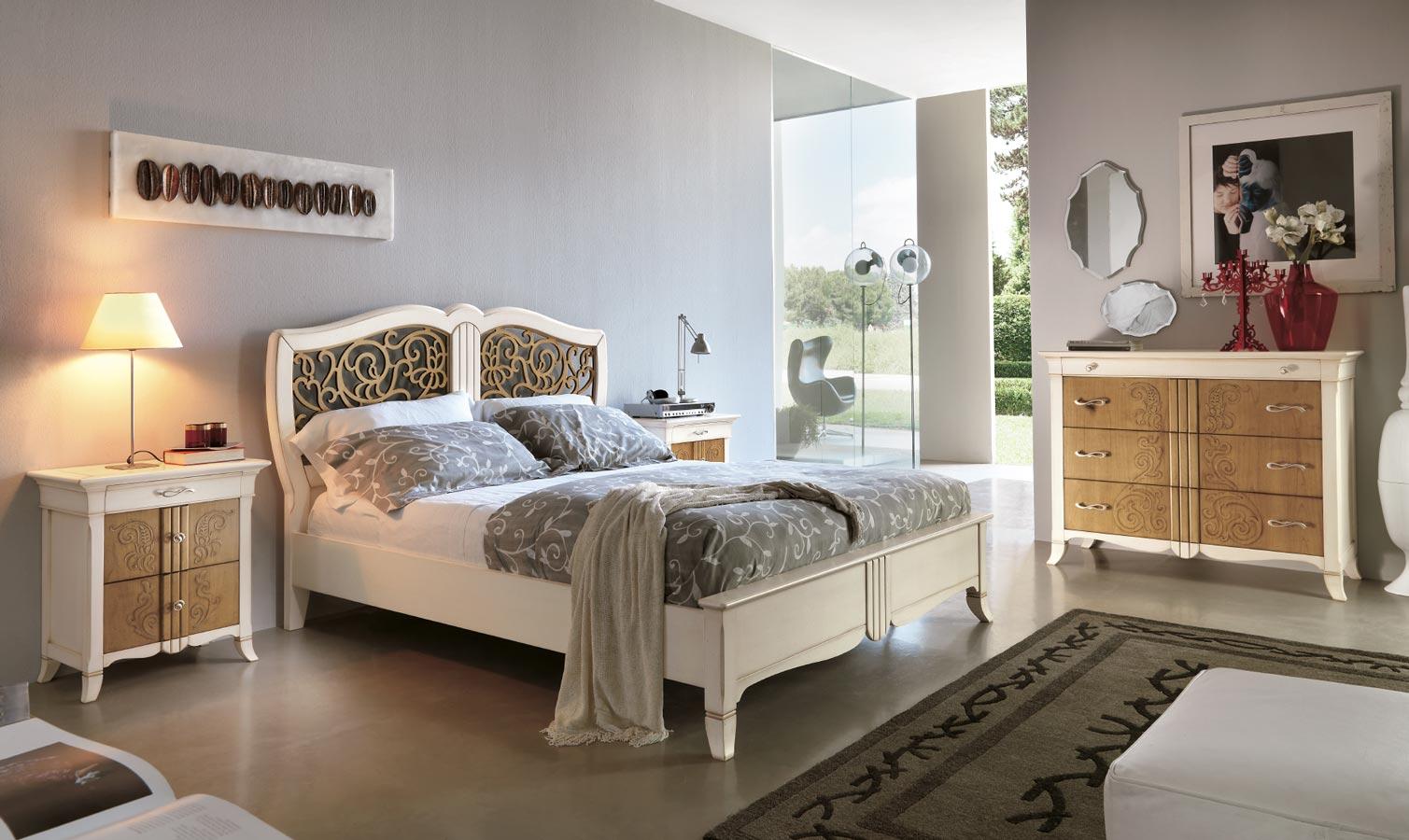 Резная кровать в стиле прованс