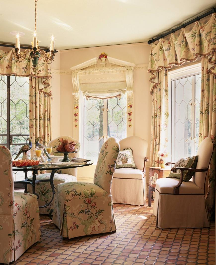 Прямые шторы в стиле прованс