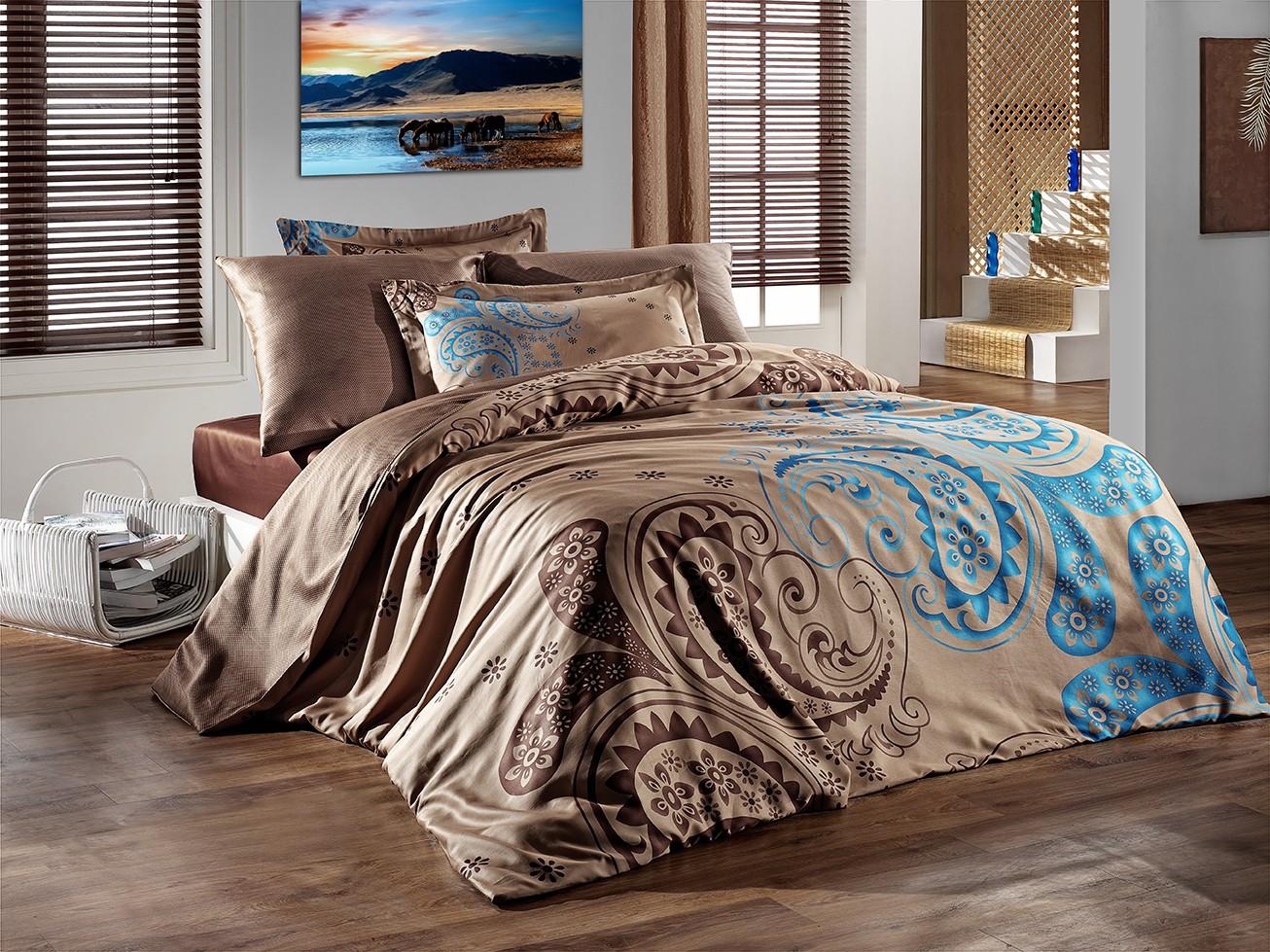 Покрывало на кровать с рисунком