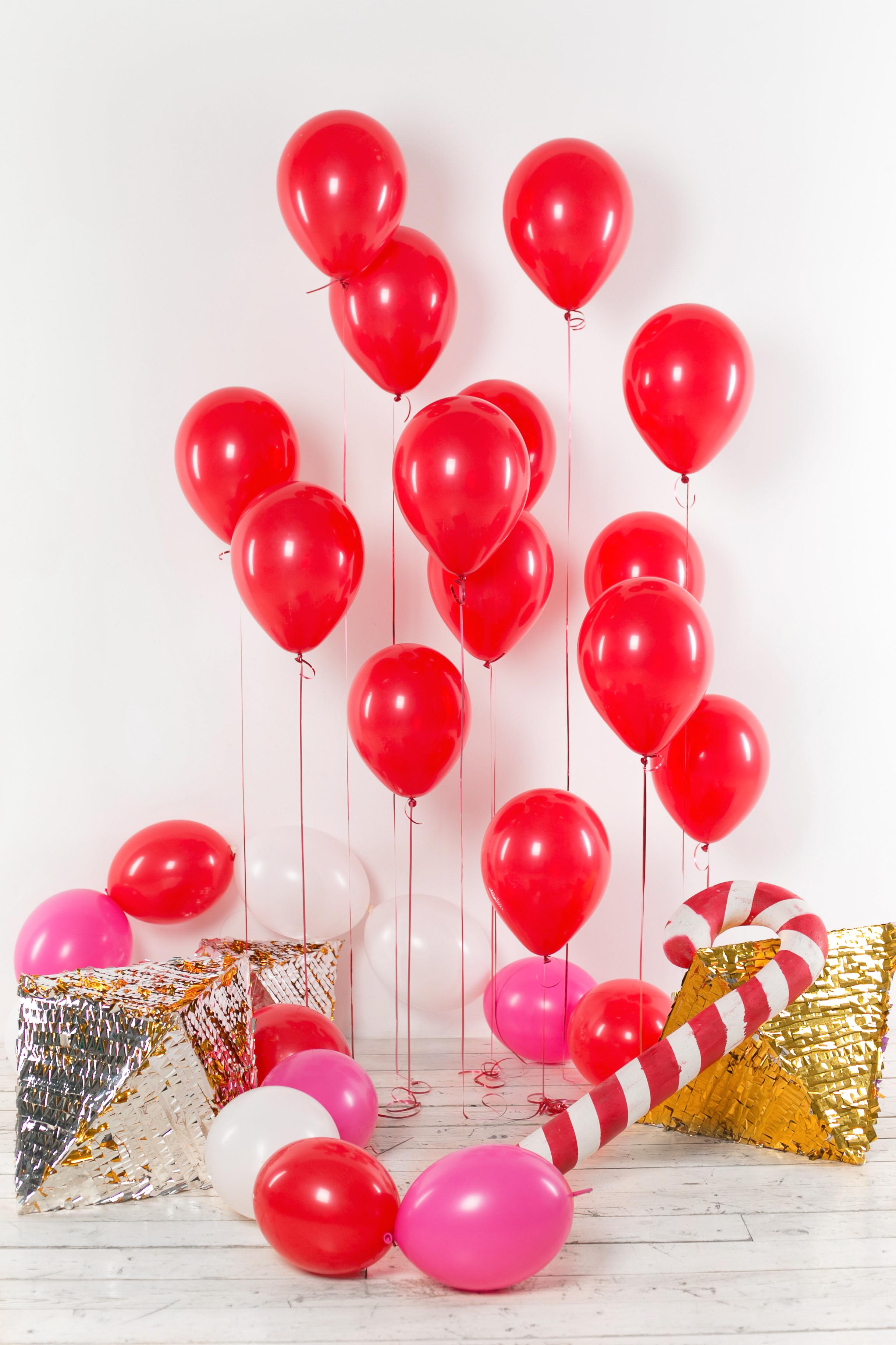 Рождественский декор из воздушных шаров