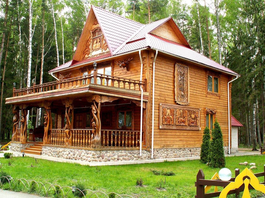 Дом из бревна в русском стиле