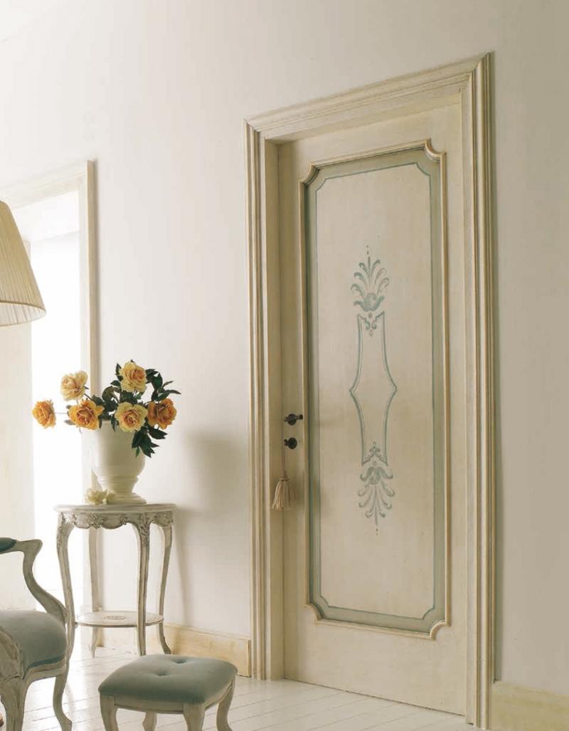 Классическая дверь в стиле шебби-шик