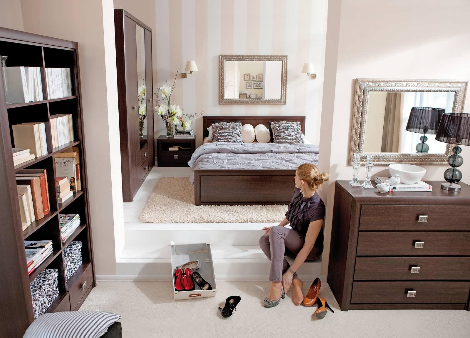 Спальня венге шоколадного оттенка