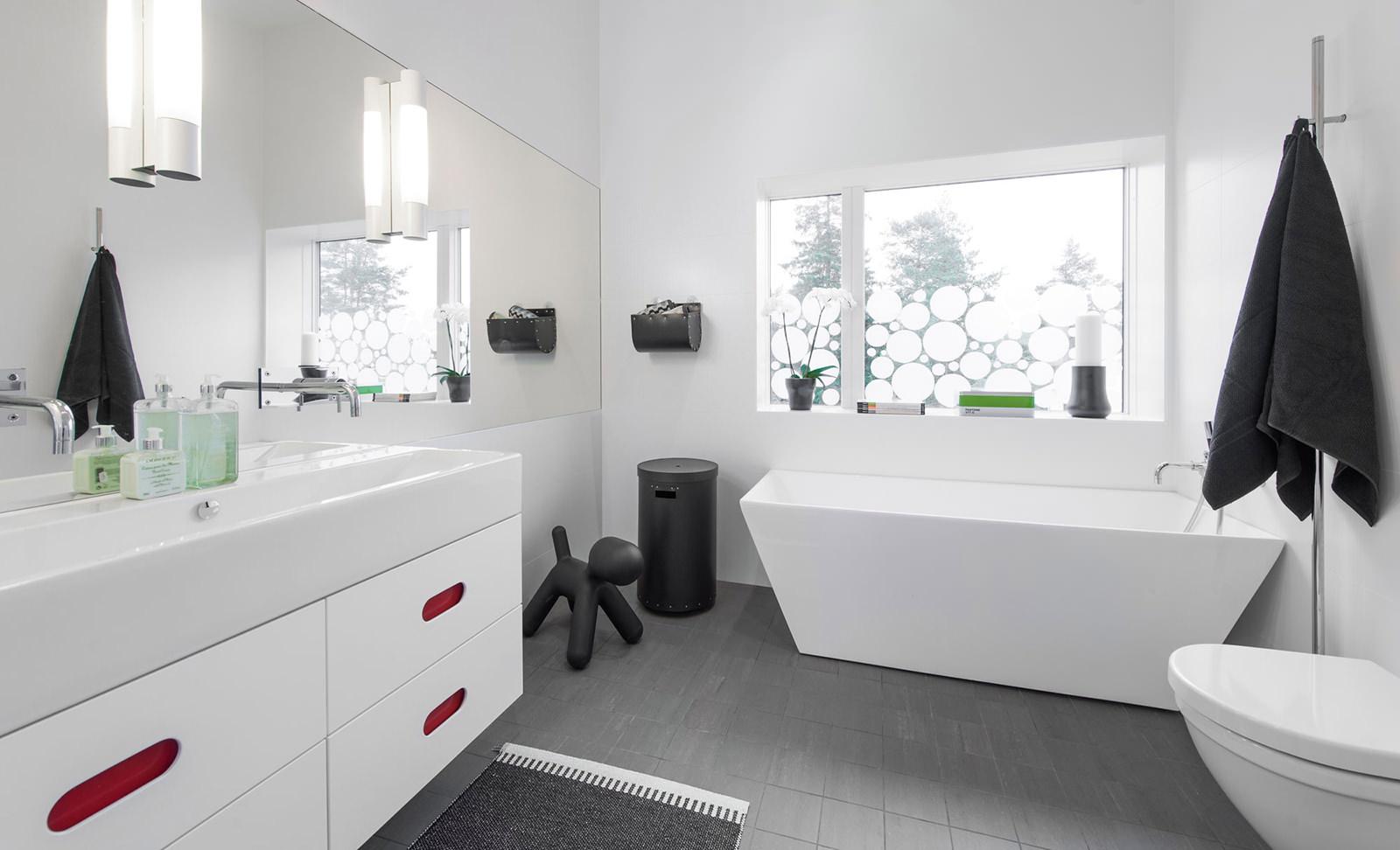 Прямоугольная ванна в скандинавском стиле