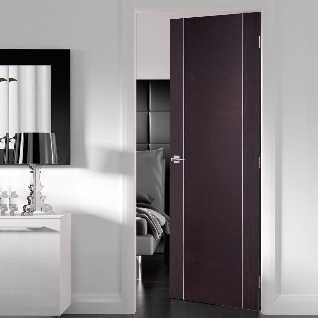 Дверь венге в современном стиле