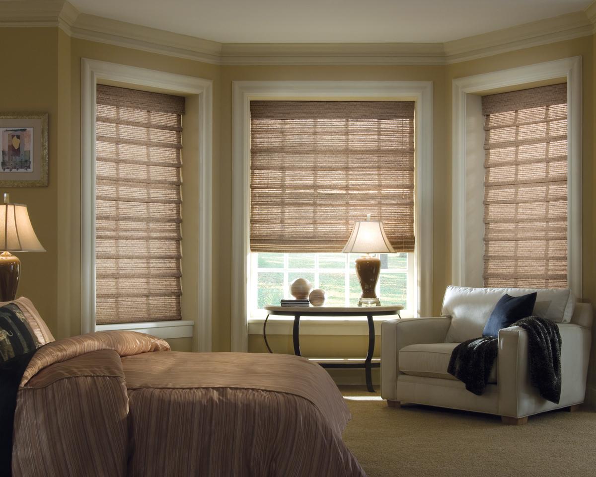 Бамбуковые шторы в спальне