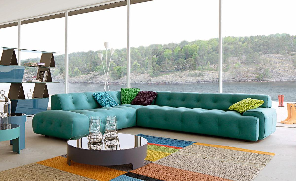 Бескаркасный диван в стиле техно