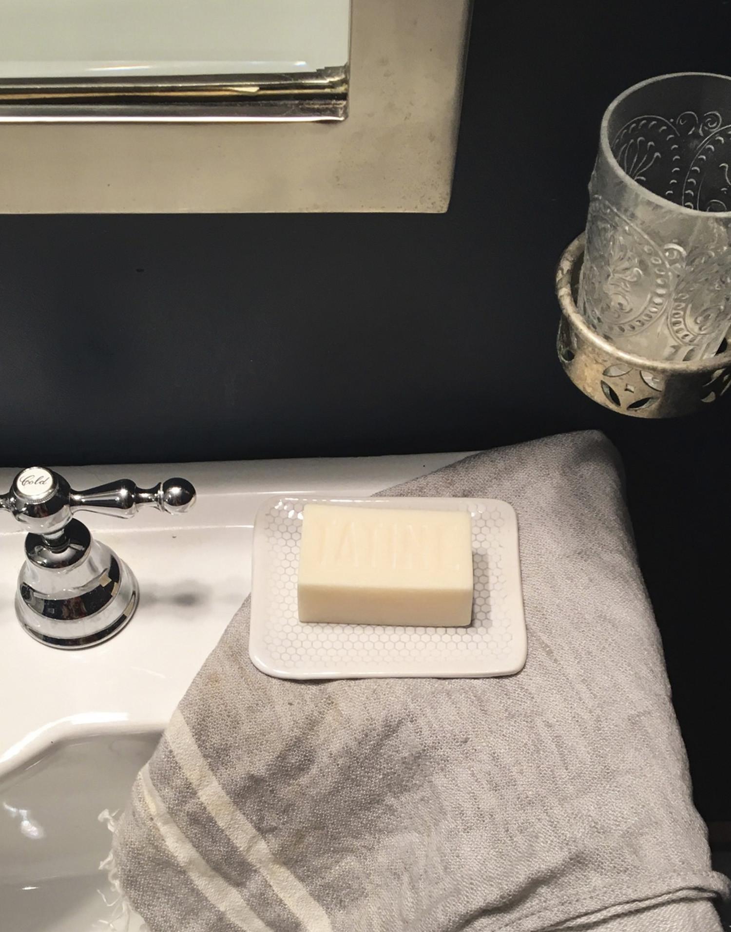 Мыльница для ванной с узором