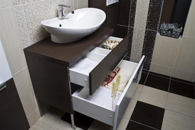 Шкаф венге в ванной