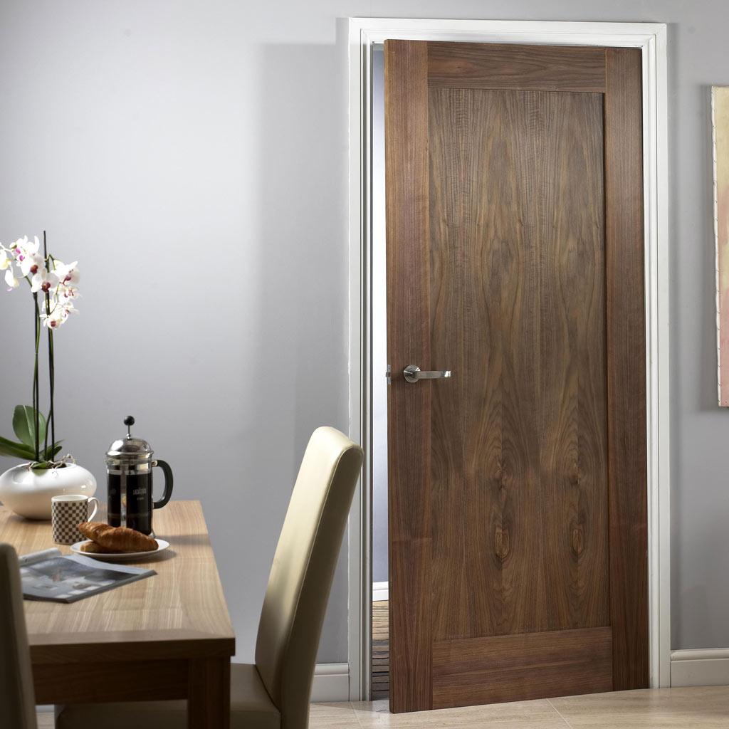 Входная дверь из экошпона