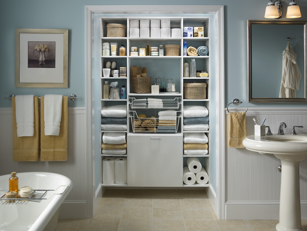 Встроенный шкаф в ванной