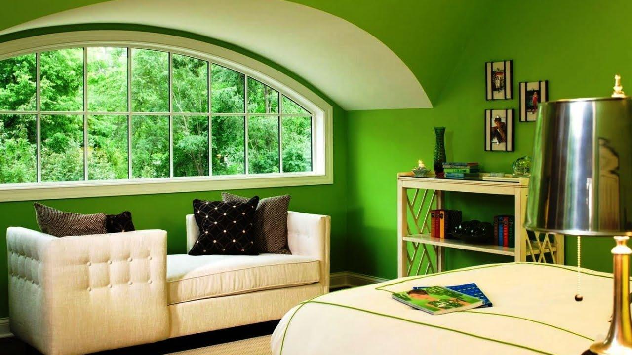 Ярко-зеленый потолок