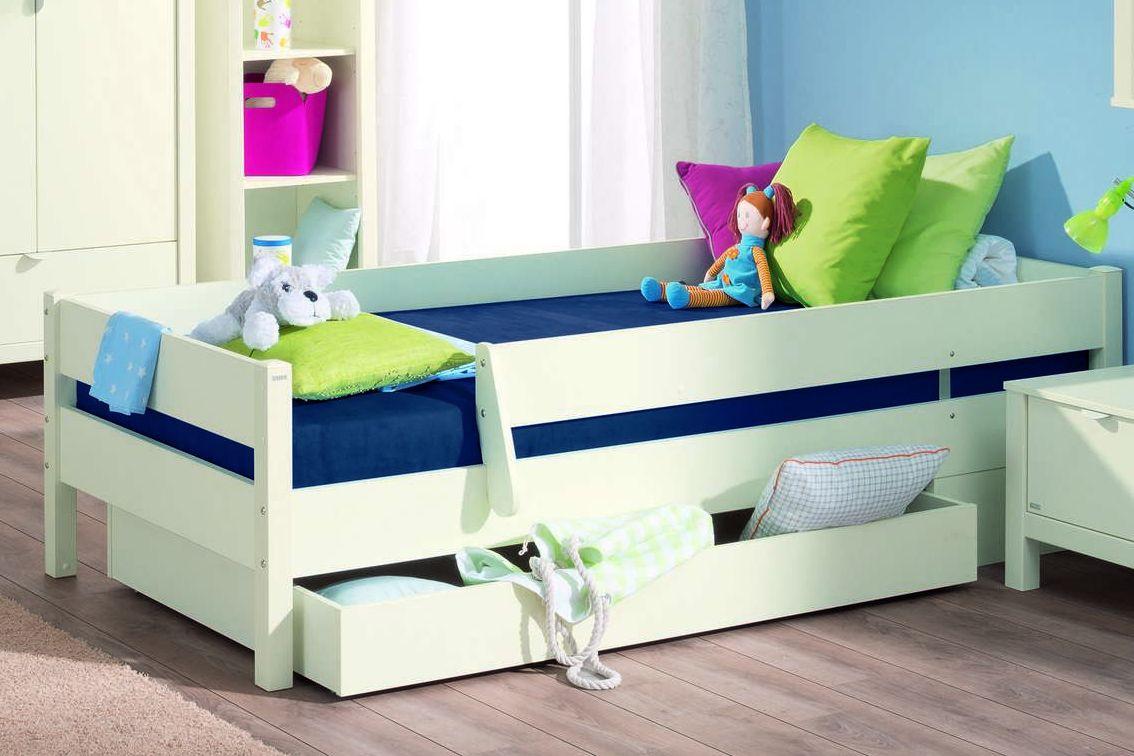 Кровать для мальчика с ящиками