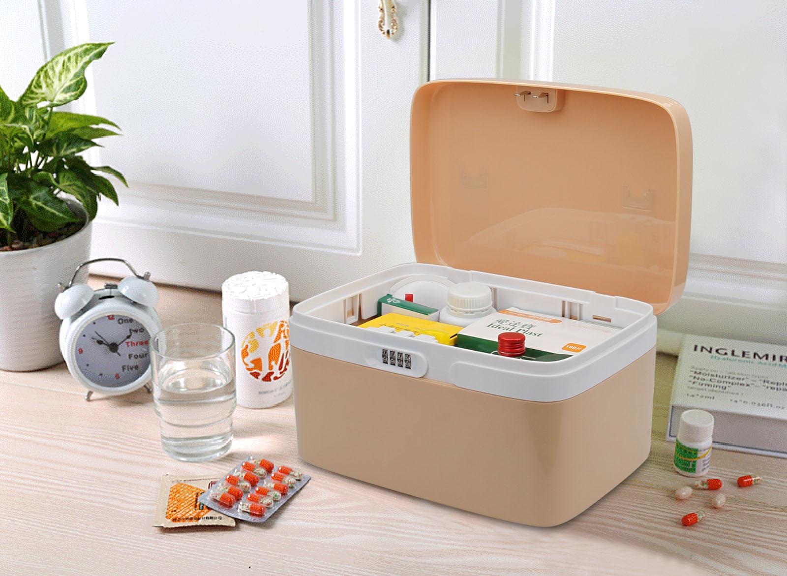 Коробка для лекарств с замком