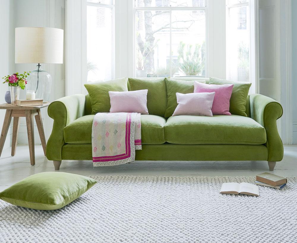 Французский диван зеленого цвета