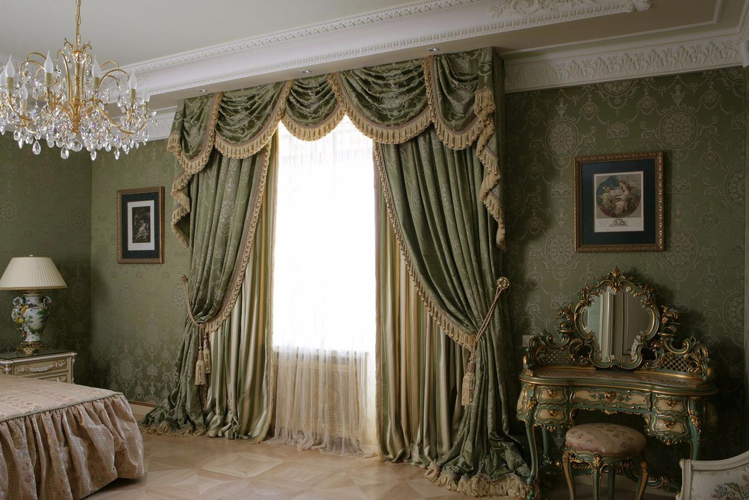 Классические зеленые шторы