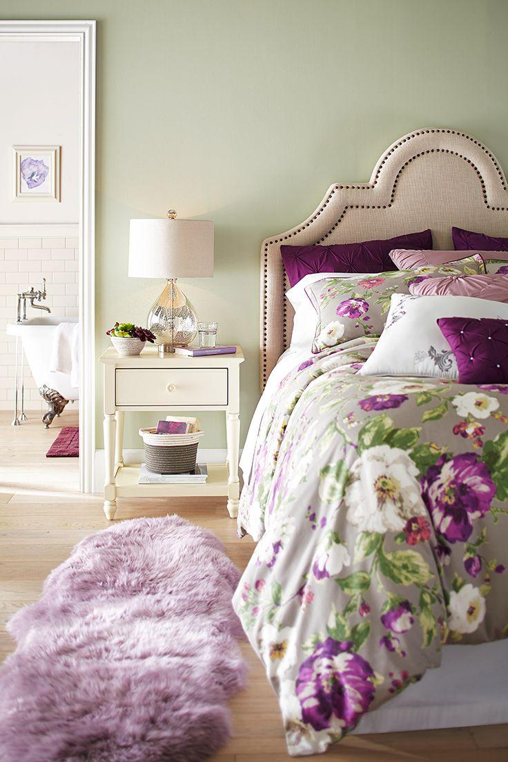 Зелено-сиреневая спальня