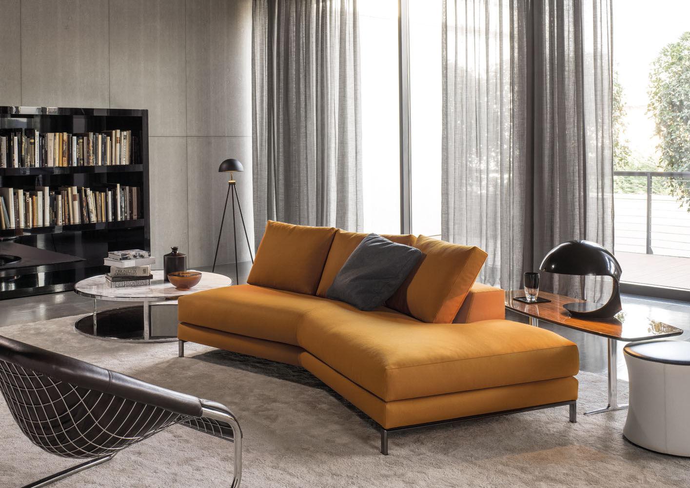 Желтый диван без подлокотников