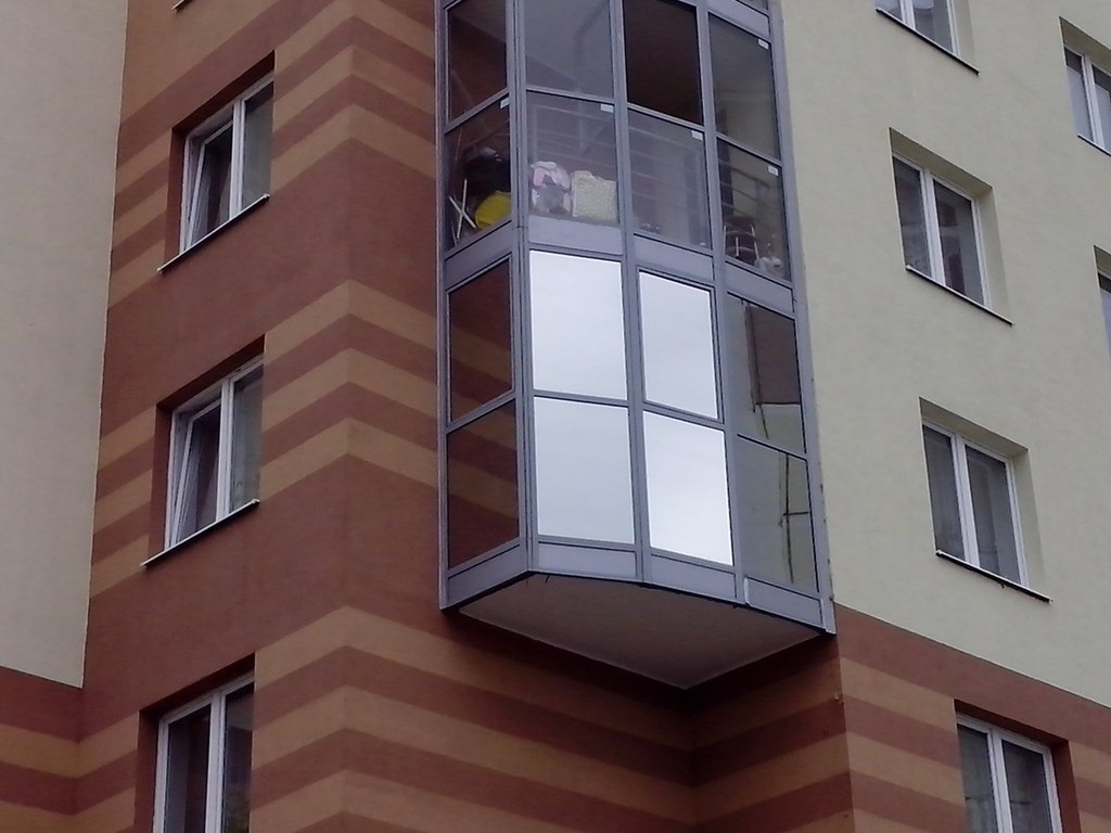Солнцезащитная пленка на балконе