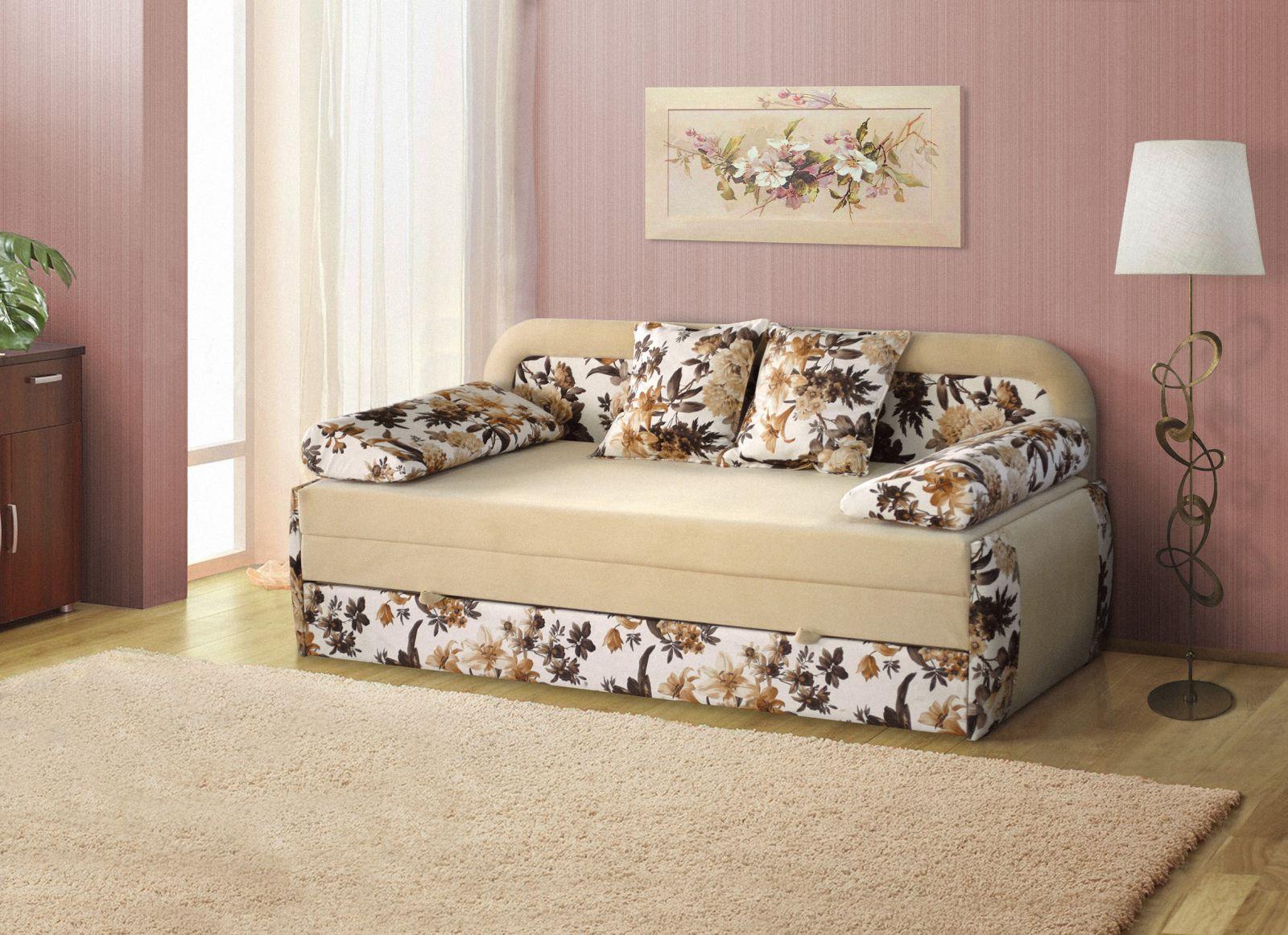 Бежевый диван-тахта
