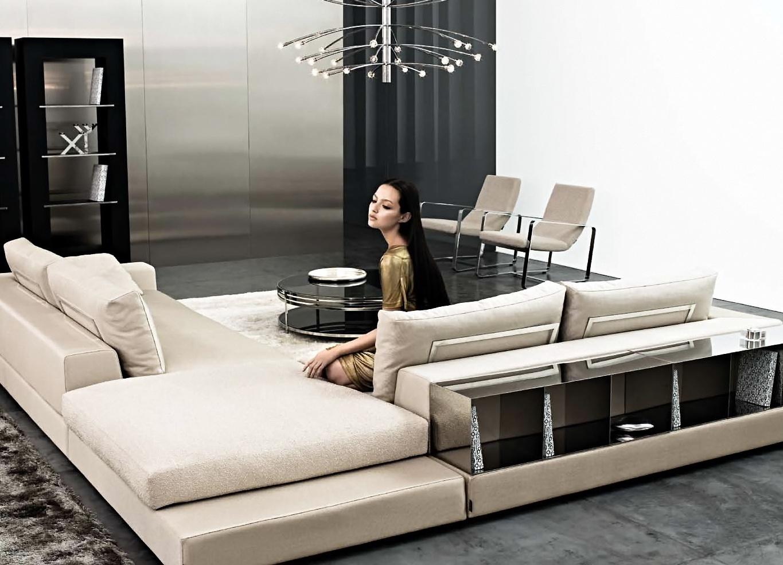 Белый диван с полками