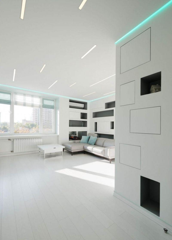 Белый потолок 2018