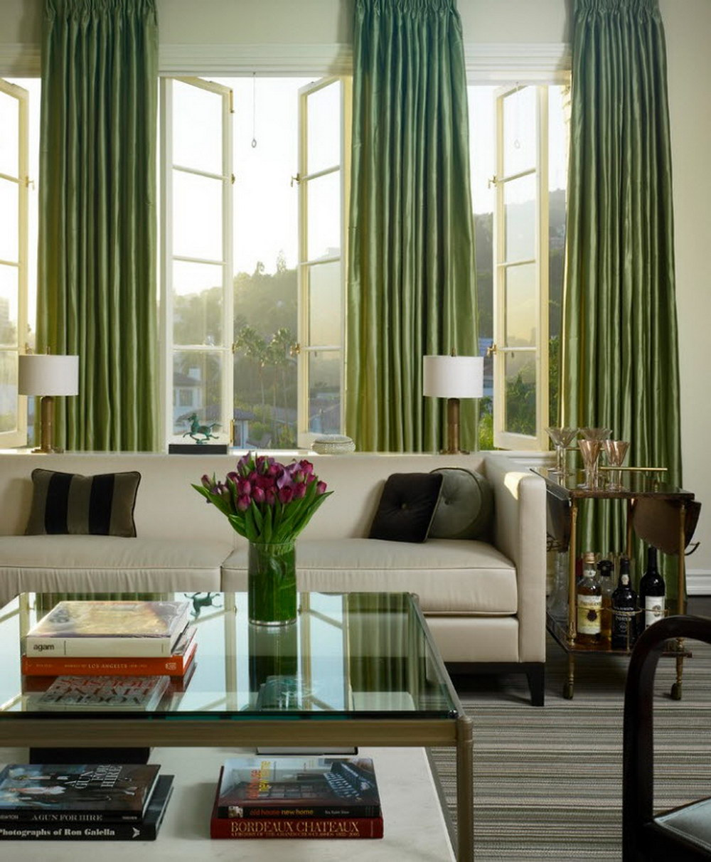 Блестящие зеленые шторы