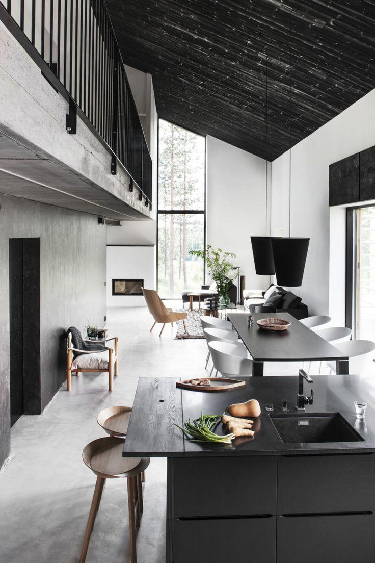 Бесшовный черный потолок