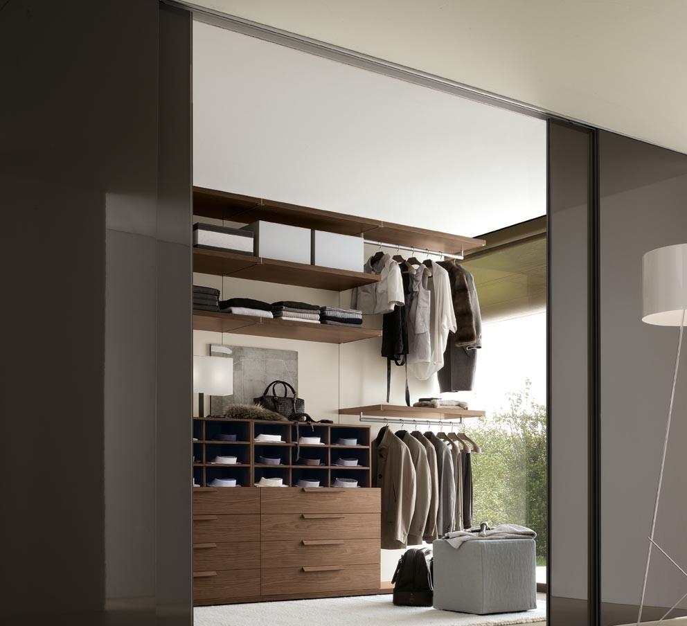 Черные двери в гардеробную