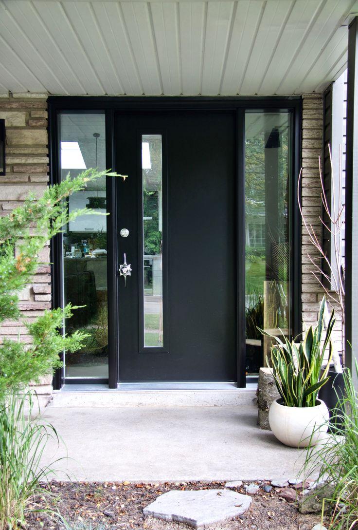 Черные откосы на двери
