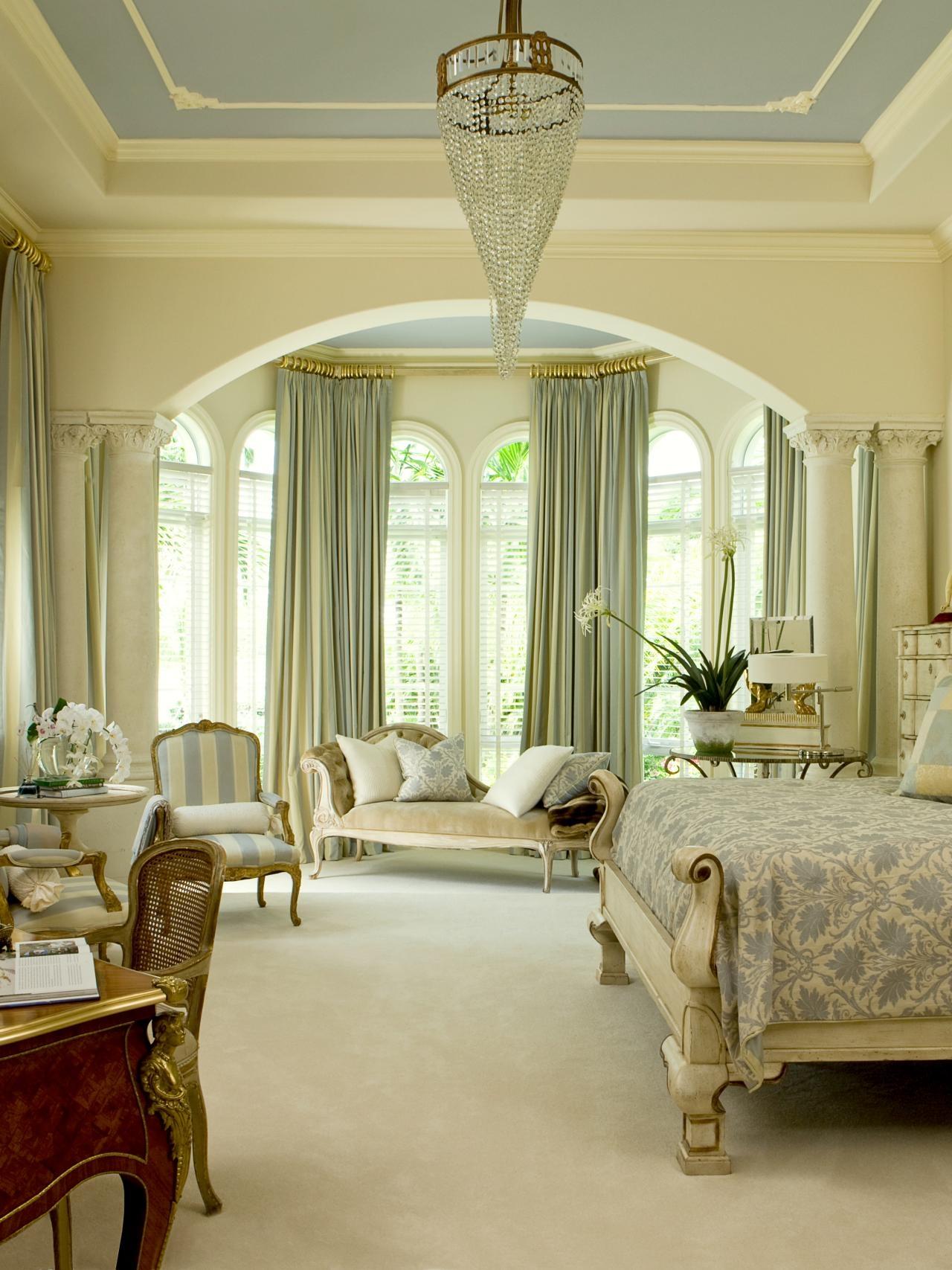 Зеленые шторы в классическом стиле