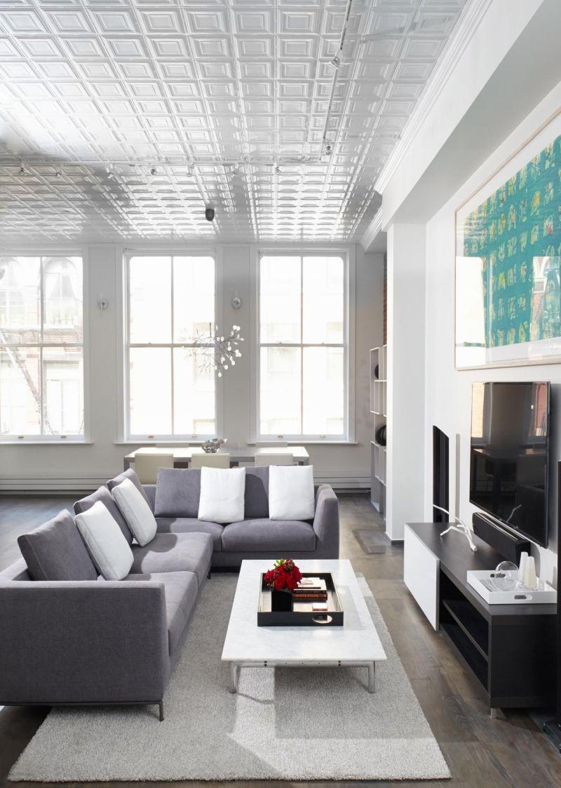Потолок с декором
