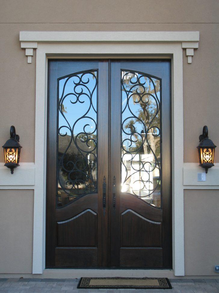 Деревянная дверь прованс