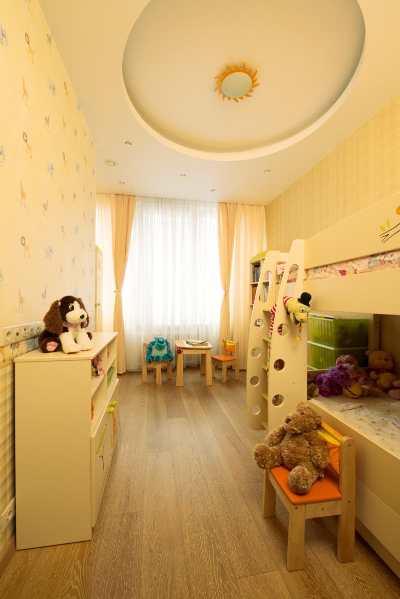 Круглый потолок в детской