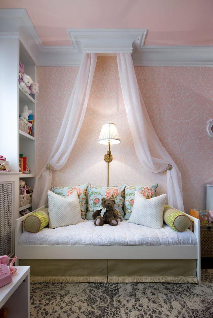 Кровать тахта для девочки