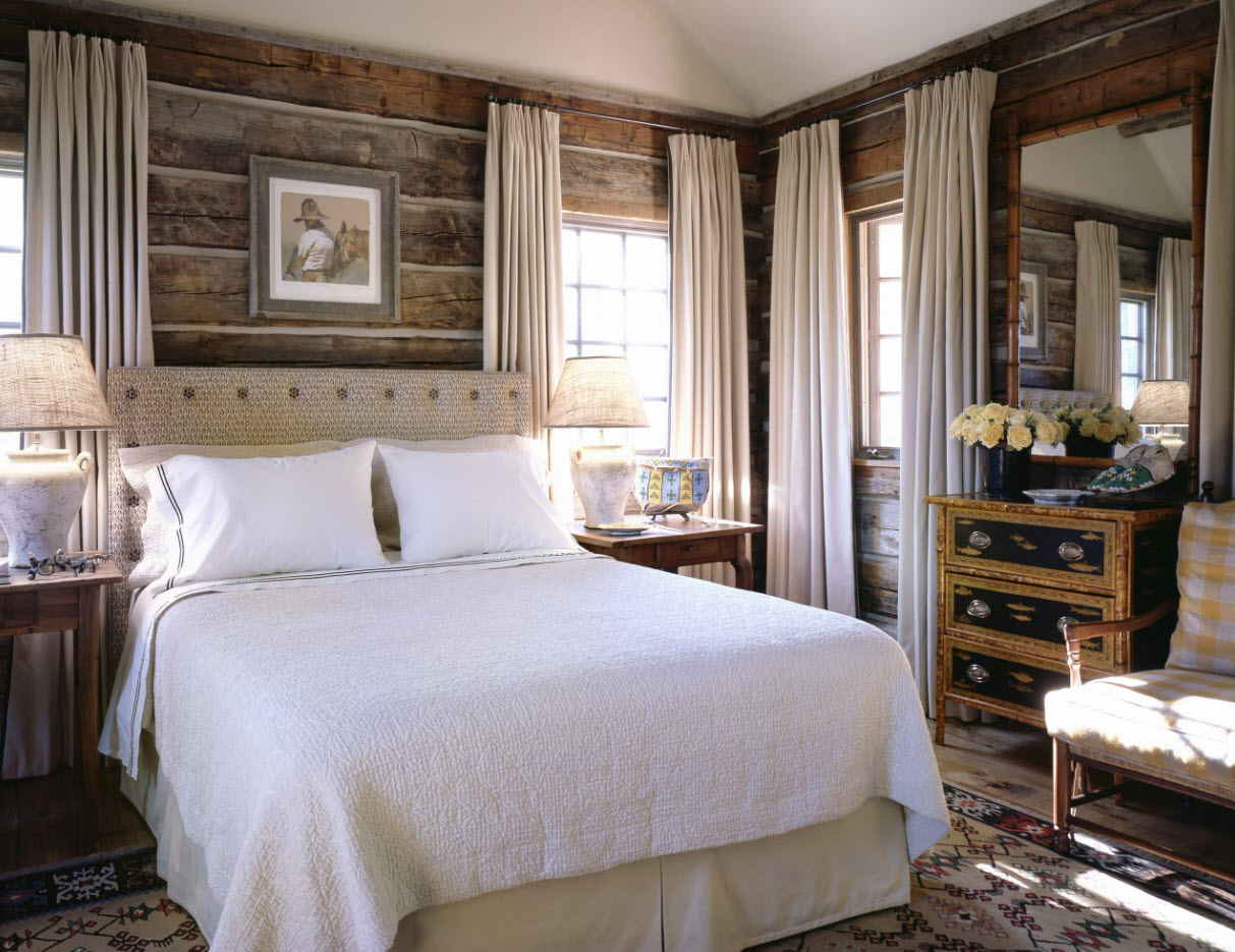 Современные шторы в деревянном доме